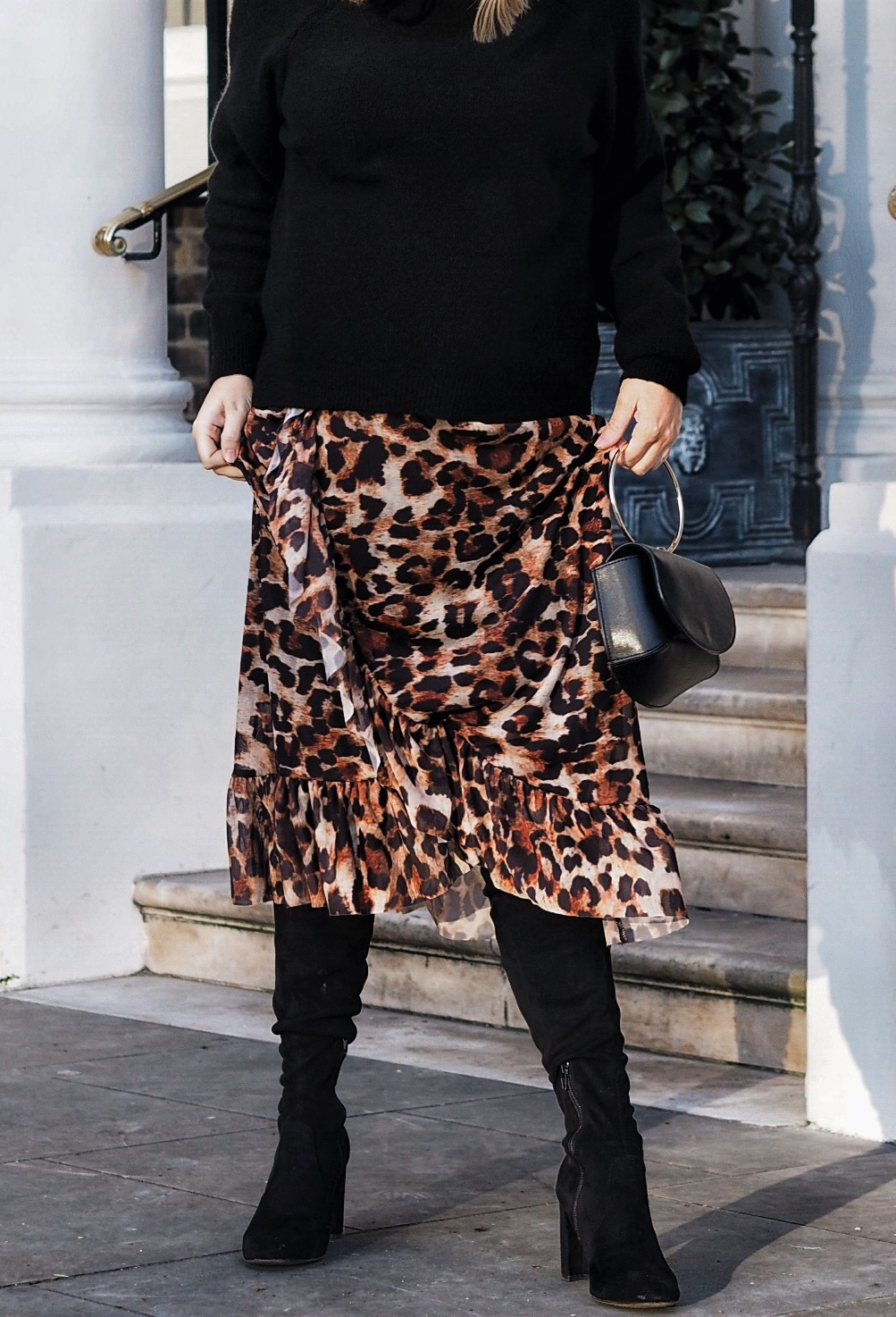 463bef285 9 Ways To Wear Leopard Print Like A Pro - Petite Side of Style