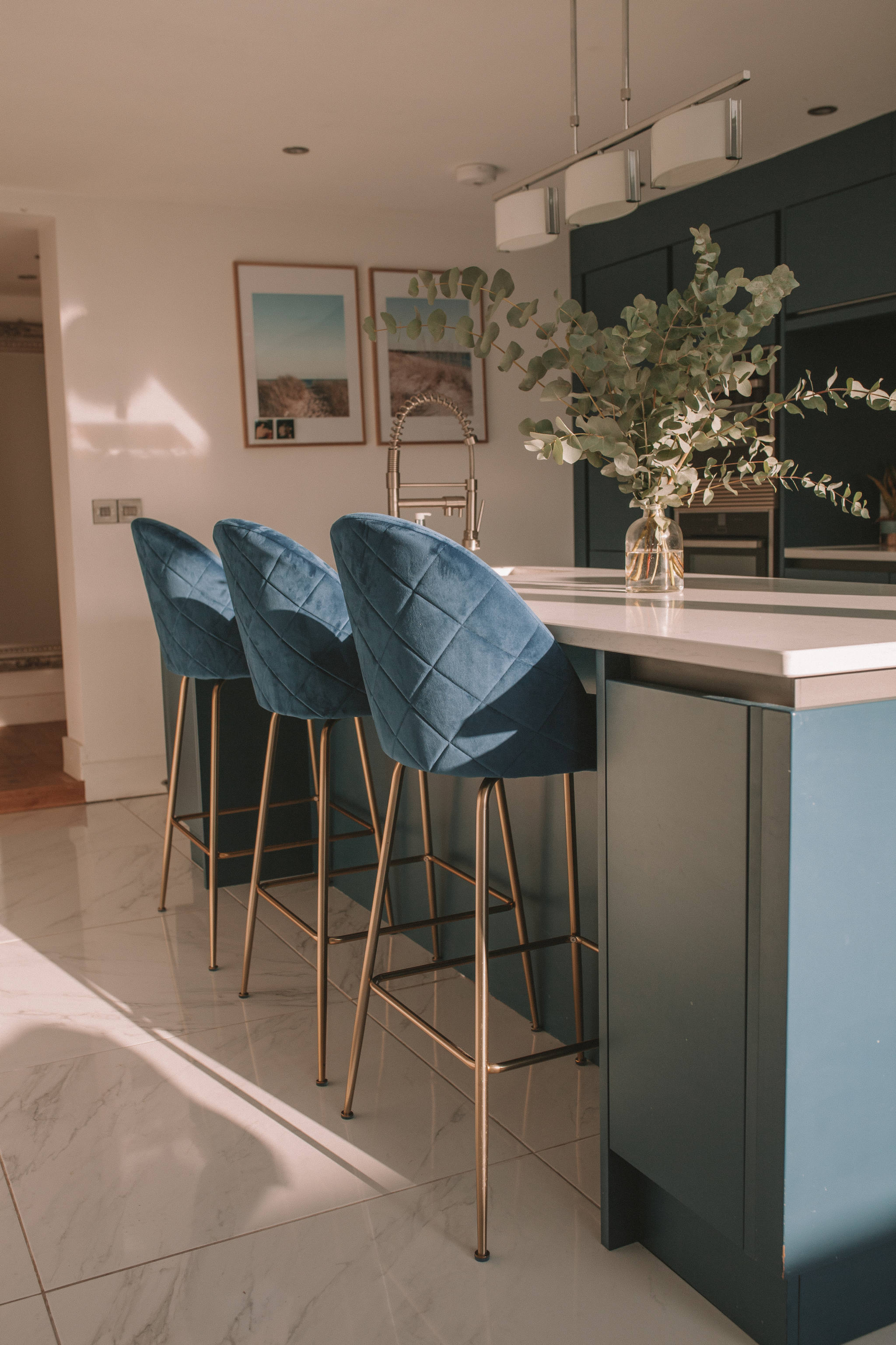 UPDATING THE KITCHEN WITH BLUE BAR STOOLS   Petite Side of Style