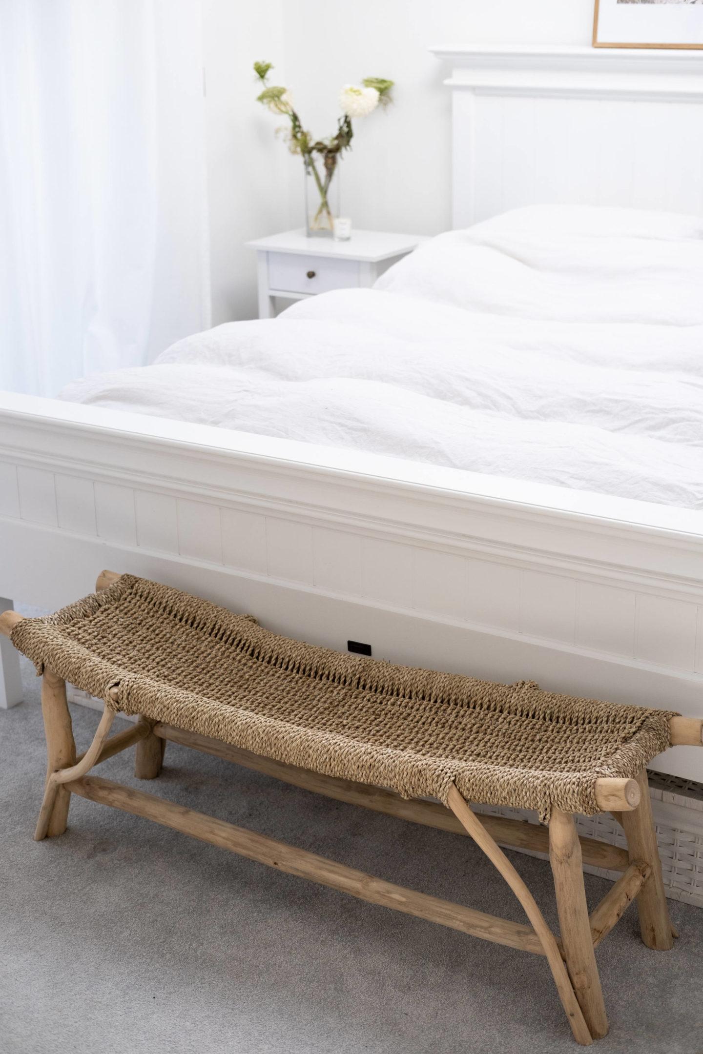 Wood Bench – Bedroom Update
