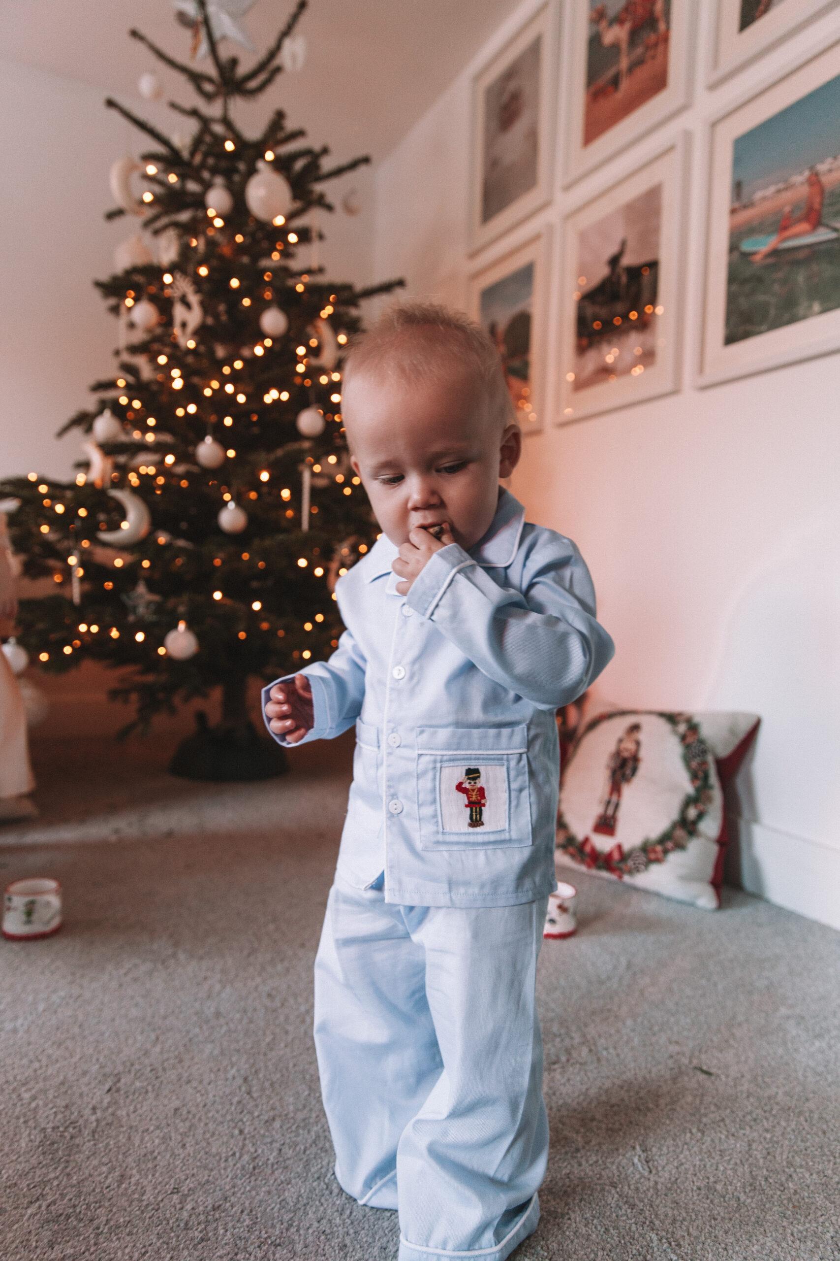 Childrensalon_Caramelo_Kids_Hand-Smocked_Cotton_Pyjamas_04