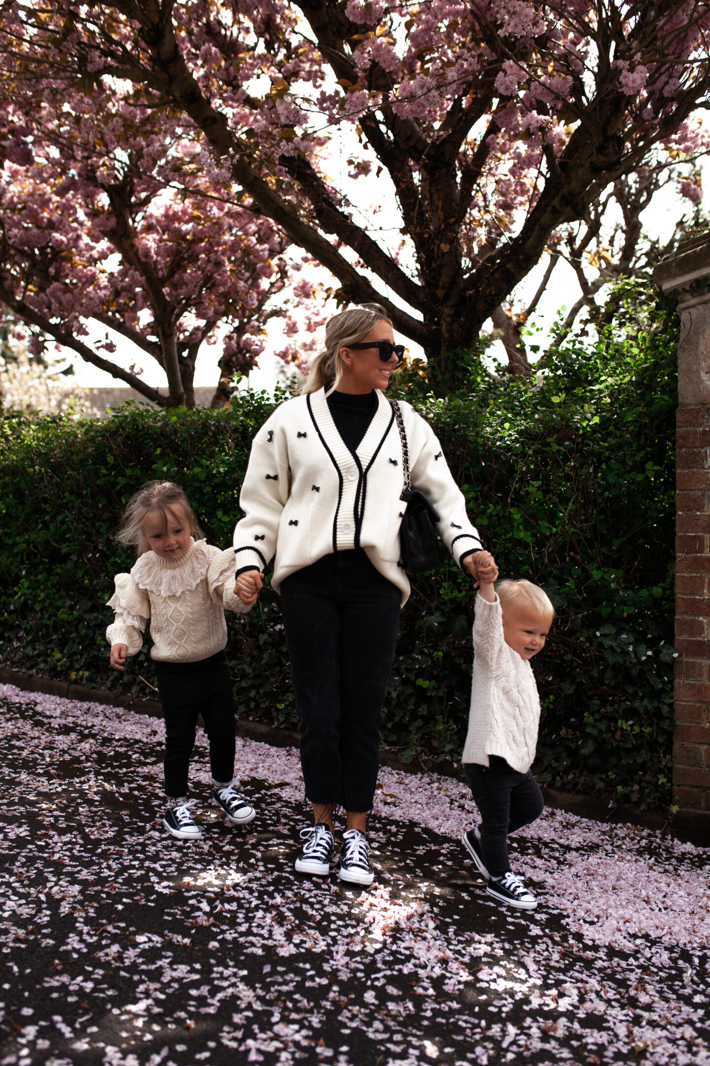 Family_Matching_Converse_02