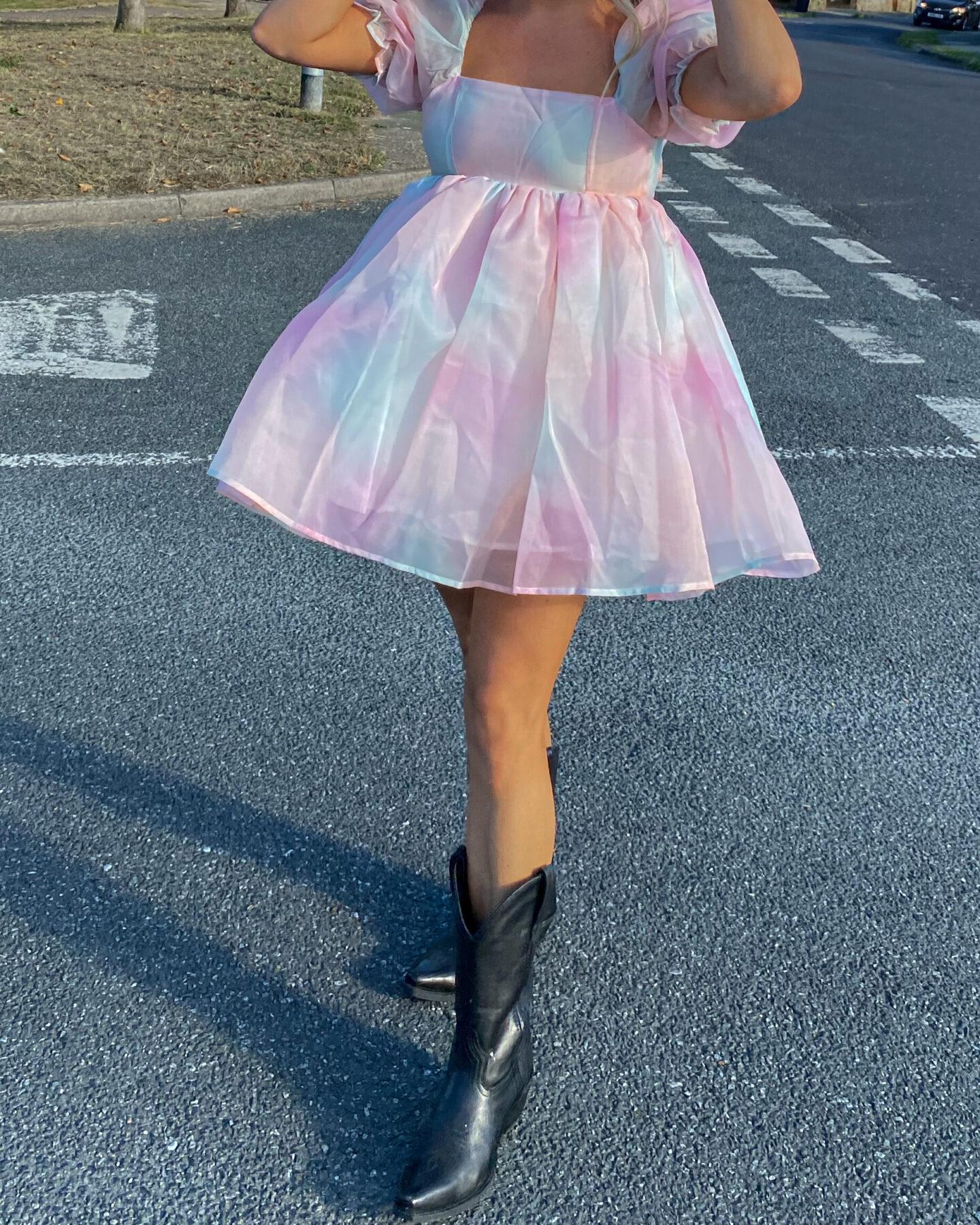 Pastel_Puff_Sleeved_Dress_01